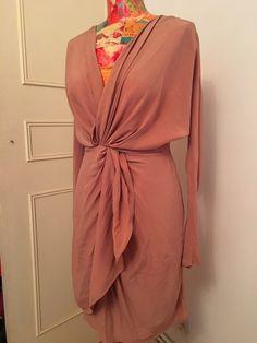 d1260d1fa5cc Robe Les petites soie rose poudrée de marque les petites. Taille 38   10