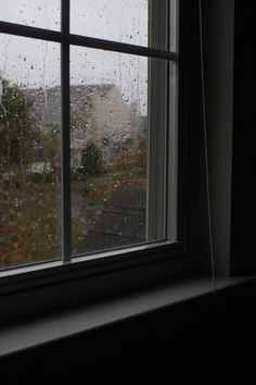 Rainy Wallpaper, Scenery Wallpaper, 365 Photo, Love Rain, Dark Paradise, City Aesthetic, Through The Window, Jolie Photo, Dream Rooms