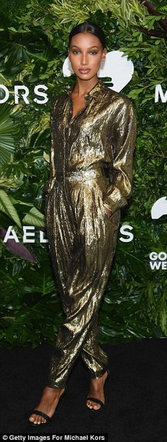 Heaven sent! Victoria's Secret Angels Jasmine Tookes (L) Jourdan Dunn (M) and Lais Ribeir...