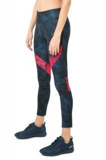 Desigual tmavě modré sportovní legíny Block Dark Denim - 1599 Kč Dark Denim, Skinny Jeans, Sport, Pants, Fashion, Trouser Pants, Moda, Deporte, Fashion Styles