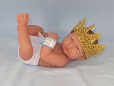Ravelry: FREE Prince George Of Cambridge Royal Baby Crown pattern by Christine Grant