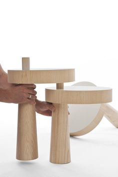 Clever TOAD side table by Philipp Beisheim looks at different ways of stabilizing a piece of furniture.