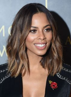 Rochelle Humes attends the Music Industry Trust Awards at The Grosvenor House Hotel on November 2015 in London, England. Rochelle Humes attends the Music Industry Trust Awards at The Grosvenor House Hotel on November 2015 in London, England. Subtle Ombre Hair, Ombre Hair Color, Hair Color For Tan Skin, Short Hair Ombre Brown, Brown Blonde Hair, Dark Hair, Medium Hair Styles, Curly Hair Styles, Hair Highlights
