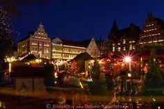 Lüneburg am Markt Weihnachtszeit Fotos Altstadt Adventlichter Romantik Panorama Christmas market Lueneburg, Germany