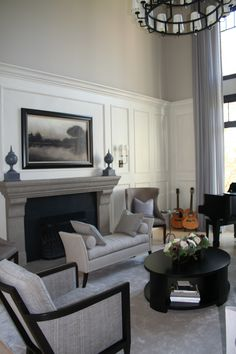 Love the idea of this wall treatment in a family room. Love the idea of this wall treatment in Family Room Walls, Family Room Design, Home Decor Bedroom, Living Room Decor, Living Rooms, Tall Wall Decor, High Ceiling Decorating, High Ceiling Living Room, Fireplace Design