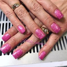 "9 Likes, 2 Comments - Jessi Jane Franzen 🌼 Nail Tech (@jjfnails) on Instagram: ""Pretty in pink!! 🎀💕 #sogel #sogelnails #pink #spring #wyonailtech #wyomingnailtech #gelnails"""