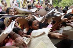 23 Lakh Apply For 268 Peon Jobs!