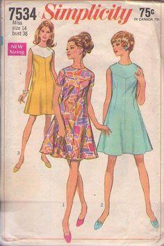 MOMSPatterns Vintage Sewing Patterns - Simplicity 7534 Vintage 60's Sewing Pattern FAB Mod Twiggy Color Block Contrast Y Yoke Flirty Flared Skirt Space Age Party Dress Size 14