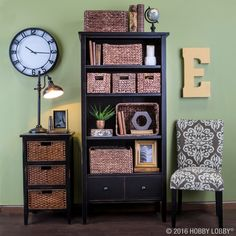 Is spring cleaning in your near future? Keep organized and on-trend by adding baskets to your décor.