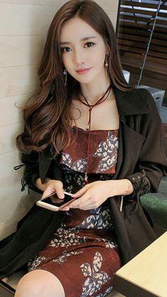 Korean Beauty, Asian Beauty, Asian Fashion, Girl Fashion, Glamour Ladies, Cute Asian Girls, Beautiful Asian Women, Korean Women, Asian Woman