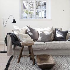 """443 gilla-markeringar, 6 kommentarer - Tellmemoregbg (@tellmemoregbg) på Instagram: """"Tassel cotton rug. ••• #tellmemore #tellmemoregbg www.tellmemore.nu"""""""