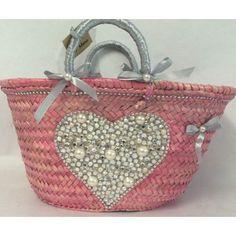 Capaz Pequeño Corazón Summer Handbags, Straw Handbags, Purses And Handbags, Creative Bag, Diy Tote Bag, Art Bag, Fancy Hats, Craft Bags, Basket Bag