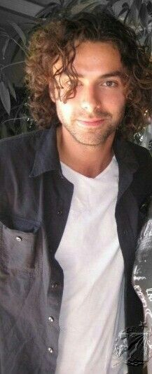 Beautiful Aidan Turner ♡♡♡♡♡shhhit bye that is some damn hair porn right there get out