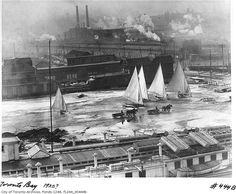 Toronto Bay 1920 Ice boats and horses on ice, ahh back when the lake would freeze solid enough for safe travel upon it. Vintage Photographs, Vintage Photos, Toronto City, Canadian History, Historical Architecture, The Good Old Days, Landscape Photos, Aerial View, Old Photos