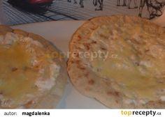 Chlebové placky z pánve se smetanou a sýrem recept - TopRecepty.cz Camembert Cheese, Dairy, Pie, Desserts, Recipes, Food, Torte, Tailgate Desserts, Cake