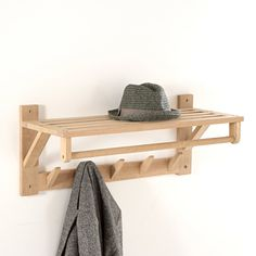 SELFRID Oak Wall-Mounted Coat and Hat Rack With pride of place in a hallway above the matching Selfrid shoe rack, this offers a stylish and practical storage solution.Features of Selfrid coat and hat rack: Structure in solid oak with a white finish. Slatted Shelves, Wall Shelves, Wall Shoe Storage, Diy Hat Rack, Hat Racks, Coat And Hat Rack, Coat Hanger, Wood Rack, High Walls