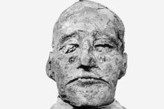 Mummified head of Ramses III >>Scientists solve 3000 year old pharaonic whodunit.
