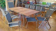 Gartenmöbel-Set aus Edelstahl, Holz und Textilene