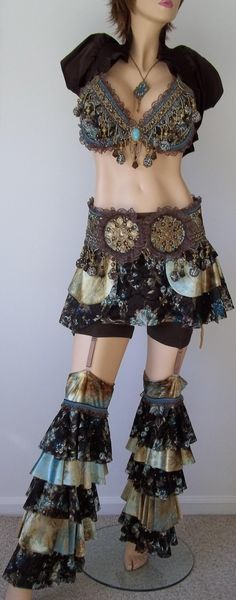 Steampunk Burlesque bellydance Costume by ~Synari . Want! Also want the abs and thighs even if they do belong to a plastic mannequin!