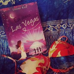 Angela em Las Vegas = dança no pole dance! Hahahahahaha Confira a resenha de Eu Amo Las Vegas da @ed_fundamento lá no #blogeuinsisto !