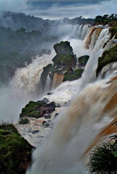 foz do iguazu - paraguay/brazil 2014 Best Places To Travel, Oh The Places You'll Go, Places To Visit, Bolivia, The Beautiful Country, Beautiful Places, Ecuador, Chile, Iguazu Falls