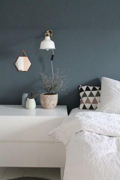 Wandfarbe Mint im Schlafzimmer streichen. | [ room ideas ...