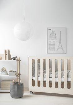😍 Styling by Minna Jones for pictures by Pauliina Salonen. Baby Room Decor, Nursery Room, Nursery Decor, Child's Room, Nursery Ideas, Baby Room Neutral, Nursery Neutral, Neutral Nurseries, Gender Neutral