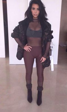 Kim Kardashian short hair cut. Yeezy Season 1