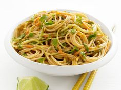 Cold Curry-Peanut Noodles:I tried this months ago & it was great. If you don't have a food processor you can cook the peanut butter on stove with noodles and put in the fridge for tomorrow's dinner or eat it hot. Vegetarian Recipes, Cooking Recipes, Healthy Recipes, Curry Recipes, Veggie Recipes, Lunch Recipes, Summer Recipes, Dessert Recipes, Dinner Recipes