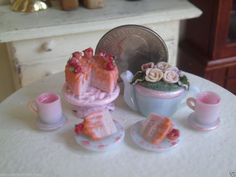 Dollhouse Miniature Half Inch Scale Tea Set by CSpykersMiniatures