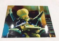 Mars Attacks (Tim Burton, Jack Nicholson) Movie Print  | eBay Brain alien gun laser