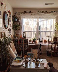 Art Studio Room, Art Studio Decor, Studio Apt, Vintage Room, Vintage Bedroom Decor, Aesthetic Room Decor, Aesthetic Indie, Room Ideas Bedroom, Study Room Decor