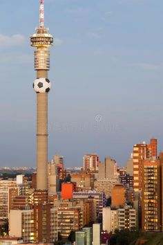 Johannesburg, South Africa - 2010 World Cup Host C. View of the Johannesburg Sky , South Africa Travel Destinations Backpack Backpacking Vacation Africa Off the Beaten Path Budget Wanderlust Bucket List Johannesburg Africa, Johannesburg Skyline, South Africa Safari, Visit South Africa, African Christmas, Coach Tours, City Photography, Landscape Photography, Cathay Pacific