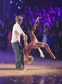 Dancing with the Stars Season 16 Week 10 Derek Hough and Kellie Pickler