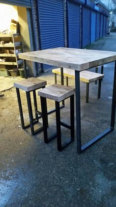 """Receive fantastic pointers on """"bar tables wedding"""". They are offered for you on our website. Bar Table, Table, Dining Room Table, Round Pub Table, Cafe Chairs, Pub Table And Chairs, Blue Dining Room Chairs, Bar Chairs, Shabby Chic Table And Chairs"""