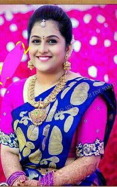 Best Blouse Designs, Blouse Back Neck Designs, Cut Work Blouse, Samantha In Saree, Designer Silk Sarees, Bride Poses, South Indian Bride, Party Wear Sarees, Saree Collection