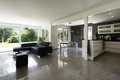 Toutes les photos d'aménagement de cette maison sur http://www.booa.fr/#!reportage-booa-avant-gardiste/c15pv  (crédit photo nis&for pour booa)