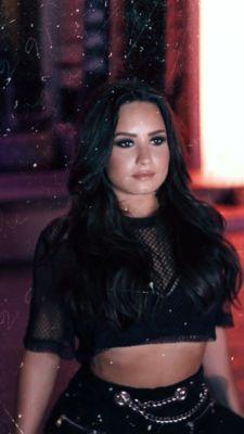 Log in - Demi lovato wallpaper - Cuerpo Demi Lovato, Demi Lovato Body, Demi Lovato Style, Lady Gaga, Selena, Demi Love, Demi Lovato Pictures, Shows, Camp Rock