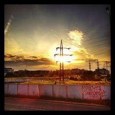 Západ slunce nad městem..