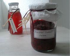Blaubeer-Erdbeersalsa und Erdbeersirup