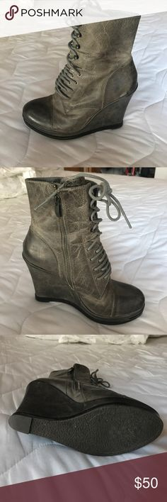 Vince Camuto Leather Boots Vince Camuto size 8 Leather Boots only worn twice Vince Camuto Shoes Combat & Moto Boots
