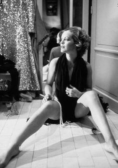 Romy Schneider, Paris, Photo by Giancarlo Botti. Romy Schneider, Divas, Alain Delon, Glamour, French Actress, Belle Photo, Old Hollywood, Movie Stars, Actors & Actresses