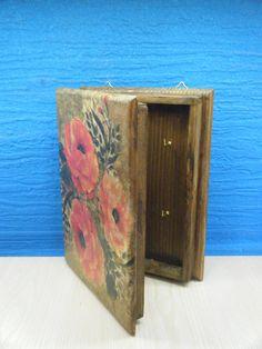 Χειροποίητη ξύλινη κλειδοθήκη Home Decor, Decor, Magazine Rack, Furniture