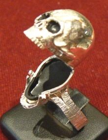 Silver Skull Ring openable POISON RING - Dogale jewellery venice Italia