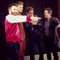 rdj and chris evans * rdj - rdj quotes - rdj funny - rdj wallpapers - rdj memes - rdj and tom holland - rdj heels - rdj and chris evans Marvel Actors, Marvel Heroes, Marvel Movies, Chris Prat, Mark Ruffalo, Chris Hemsworth, Dc Memes, Downey Junior, Marvel Funny
