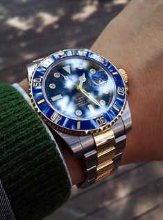 Rolex Submariner Date Rolex Watches For Men, Best Watches For Men, Fossil Watches, Luxury Watches For Men, Cool Watches, Popular Watches, Casual Watches, Men's Watches, Gold And Silver Rolex