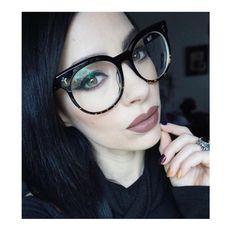 58037fffb3 Valley Eyewear  sunglasses  shades  fashion  streetstyle  bloggers  models   topmodels  gafas  gafasdesol  lunettesdesoleil  occhialidasole