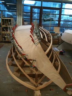 Bau einer Riva Florida im Auftrag Wooden Boat Building, Wooden Boat Plans, Boat Building Plans, Plywood Boat, Wood Boats, Riva Boat, Sailing Dinghy, Boat Projects, Build Your Own Boat
