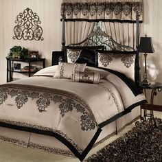 Bedroom Comforter Sets For Queen With Designer Bedding Collections Also Bed In A Bag Comforter Sets And Cheap Queen Bed Comforter Sets Besides Bedspread Sets for a Comfortable Master Bedroom Ambience Coverlet Sets California King. Bedroom Comforter Sets, Comforter Sets, King Size Bedroom Sets, Mattress Bedroom, Bedroom Design, Luxurious Bedrooms, Comfortable Bedroom, Bedding Sets, Bed Comforter Sets