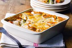 Vegetable pie recipe, NZ Womans Weekly – This hearty winter pie is full of vegetable goodness which will have the whole family asking for a second helping - Eat Well (formerly Bite) Food N, Food And Drink, Pie Recipes, Cooking Recipes, Individual Pies, Vegetable Pie, Stuffed Mushrooms, Stuffed Peppers, Baby Potatoes
